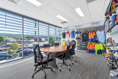 2/17 Bluestone Circuit Seventeen Mile Rocks QLD 4073 - Image 3