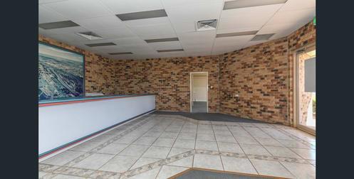 236 Bourbong Street Bundaberg West QLD 4670 - Image 2