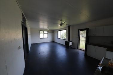 21 Vyner Street Tumut NSW 2720 - Image 3