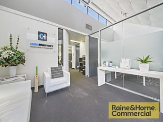 15/220 Boundary Street Spring Hill QLD 4000 - Image 2