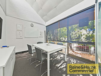15/220 Boundary Street Spring Hill QLD 4000 - Image 3