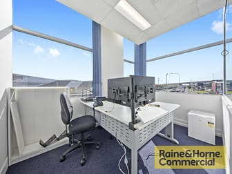1/5 Navigator Place Hendra QLD 4011 - Image 2