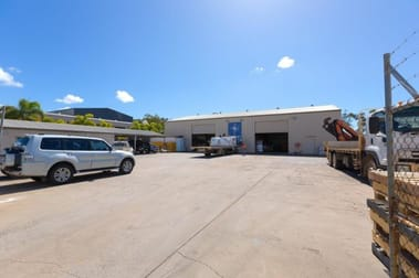 WHOLE OF PROPERTY/23 Roseanna Street Gladstone Central QLD 4680 - Image 3