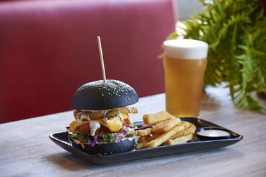 The Sporting Globe Bar & Grill Geelong franchise for sale - Image 3