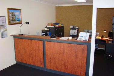 96 Anzac Avenue Newtown QLD 4350 - Image 2