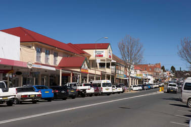 9/114 Sharp Street Cooma NSW 2630 - Image 1