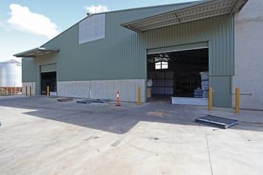 310 Anzac Avenue Harristown QLD 4350 - Image 2