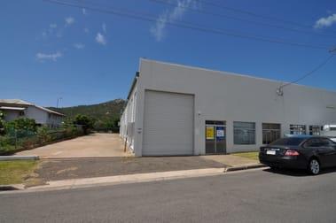25 Yeatman Street Hyde Park QLD 4812 - Image 1