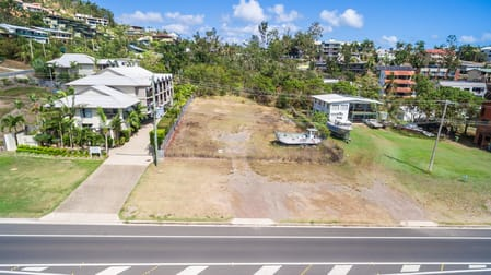 12 Waterson Way Airlie Beach QLD 4802 - Image 1