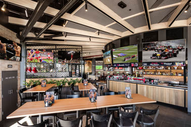 The Sporting Globe Bar & Grill Wollongong franchise for sale - Image 1