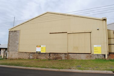 10 Makepeace Rockville QLD 4350 - Image 2