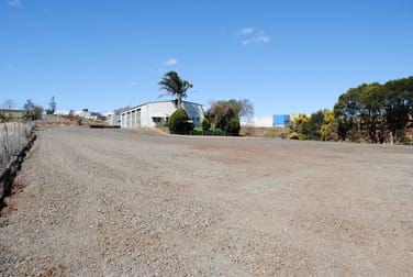 362-364 Anzac Avenue Harristown QLD 4350 - Image 2