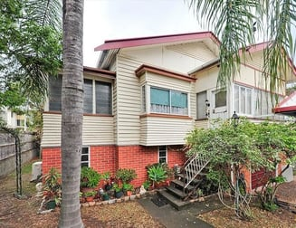 32 School Road Stafford QLD 4053 - Image 1