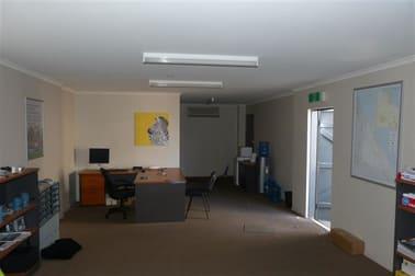 4/10 Roseanna Street Clinton QLD 4680 - Image 3