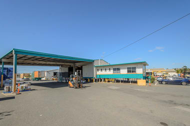 67 Lord Street Gladstone Central QLD 4680 - Image 3