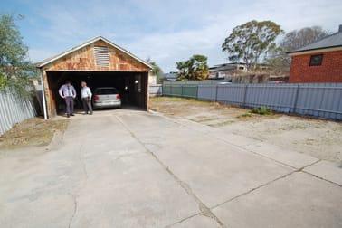 553 Englehardt Street Albury NSW 2640 - Image 2