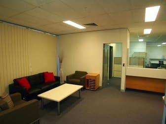 74 Victoria Parade Rockhampton City QLD 4700 - Image 2