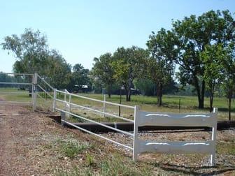 5 McHenry Road Acacia Hills NT 0822 - Image 2