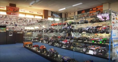 Shop & Retail  business for sale in Boronia - Image 2