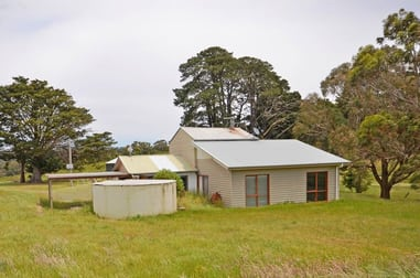 69 Hastings Lane Mount Egerton VIC 3352 - Image 2