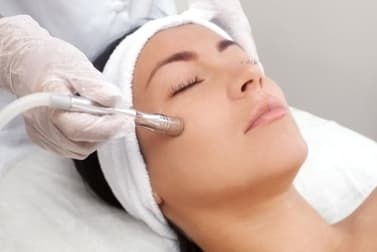 Beauty Salon  business for sale in Springfield - Image 1