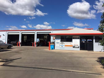Automotive & Marine  business for sale in Emerald - Image 1