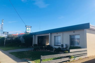 Accommodation & Tourism  business for sale in Bairnsdale - Image 1