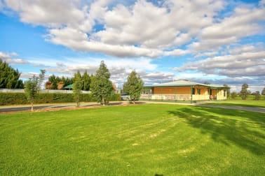 96 Foster Road Rochester VIC 3561 - Image 1