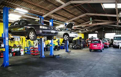 Automotive & Marine  business for sale in Clayton South - Image 1