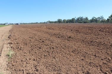 244 A Creek Road Eidsvold QLD 4627 - Image 2