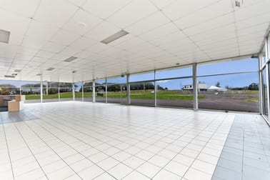 Automotive & Marine  business for sale in Portland - Image 3