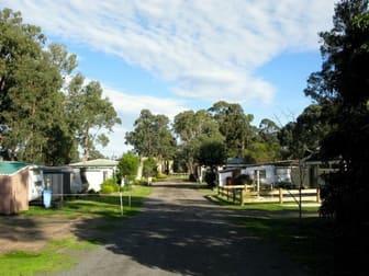 Backpacker / Hostel  business for sale in Woodside - Image 2