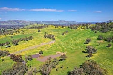 'Yarallah Estate' Yarallah Crt Splitters Creek NSW 2640 - Image 2