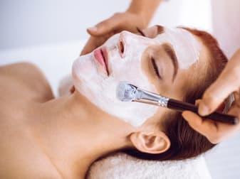 Beauty Salon  business for sale in Noosaville - Image 1