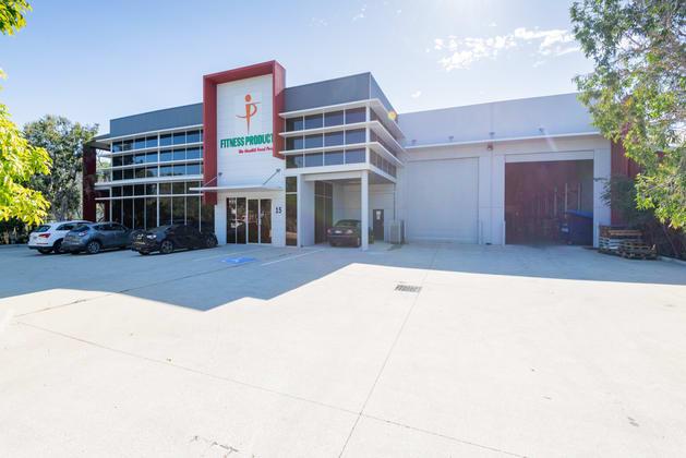 15-17 Nealdon Drive Meadowbrook QLD 4131 - Image 1