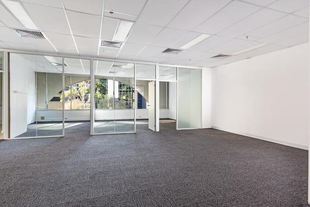 3 Bowen Crescent Melbourne 3004 VIC 3004 - Image 2