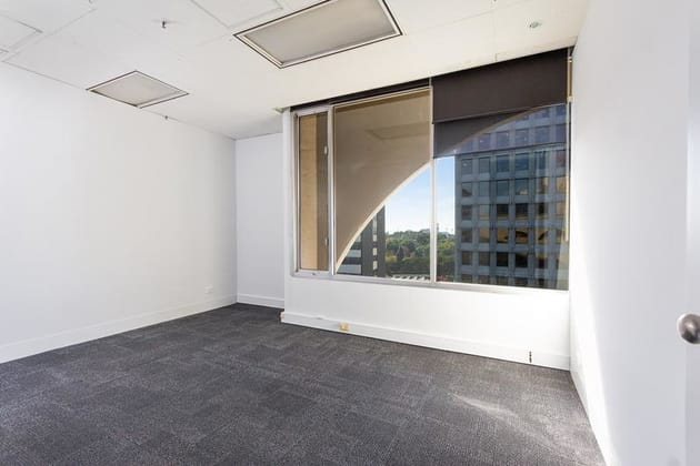 3 Bowen Crescent Melbourne 3004 VIC 3004 - Image 4