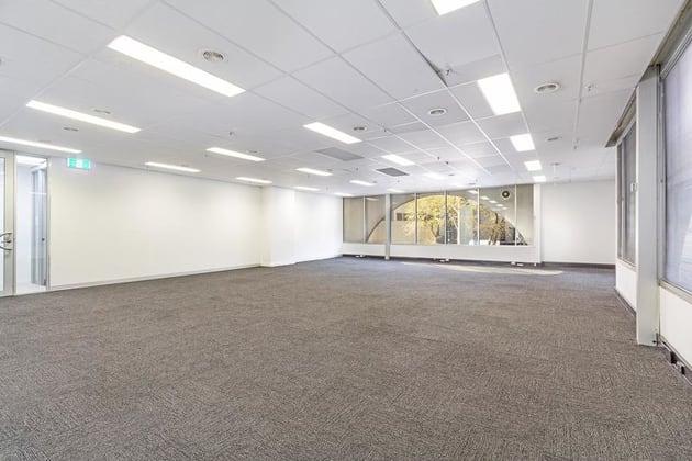 3 Bowen Crescent Melbourne 3004 VIC 3004 - Image 5