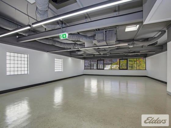 163 Wharf Street, Spring Hill QLD 4000 - Image 2