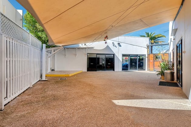 105 West Burleigh Road Burleigh Waters QLD 4220 - Image 5