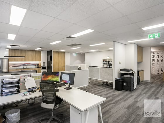 Building 2 & 5/747 Lytton Rd Murarrie QLD 4172 - Image 3