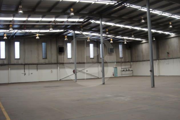30 CHIFLEY STREET Smithfield NSW 2164 - Image 2