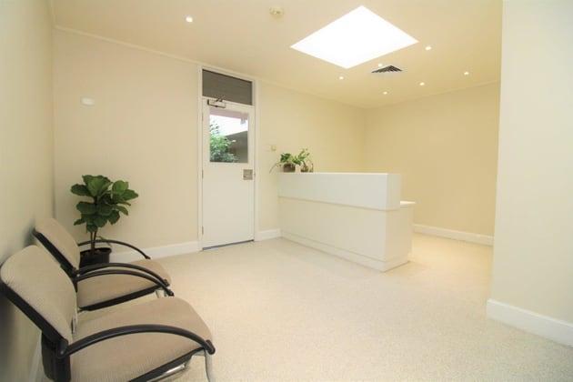 6/7 Scott Street East Toowoomba QLD 4350 - Image 1