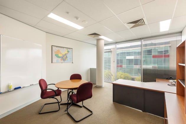 Suite 17/Building 3, 195 Wellington Road Clayton VIC 3168 - Image 5