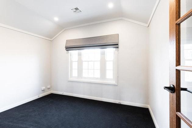 Level 1 Unit 2/29 Flinders Way Griffith ACT 2603 - Image 4