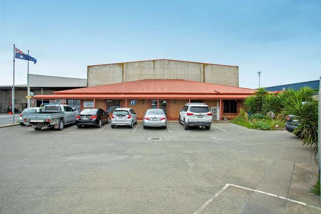 12-13 Moss Road Wingfield SA 5013 - Image 3