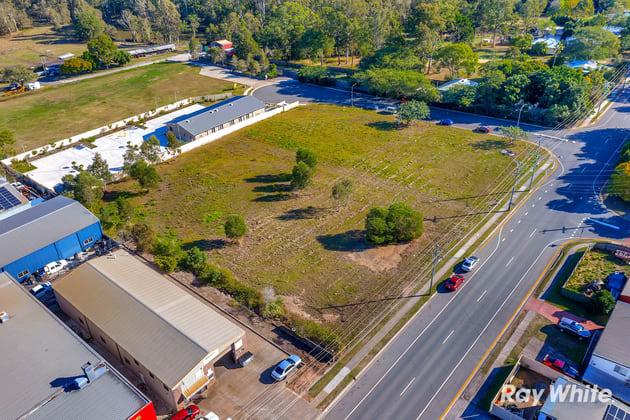 2 Stone Court Kingston QLD 4114 - Image 3