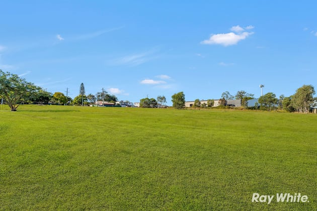 2 Stone Court Kingston QLD 4114 - Image 5
