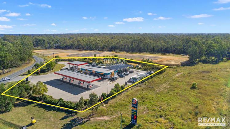 946-960 Greenbank Road North Maclean QLD 4280 - Image 2