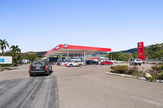 8 University Drive Townsville QLD 4810 - Image 2